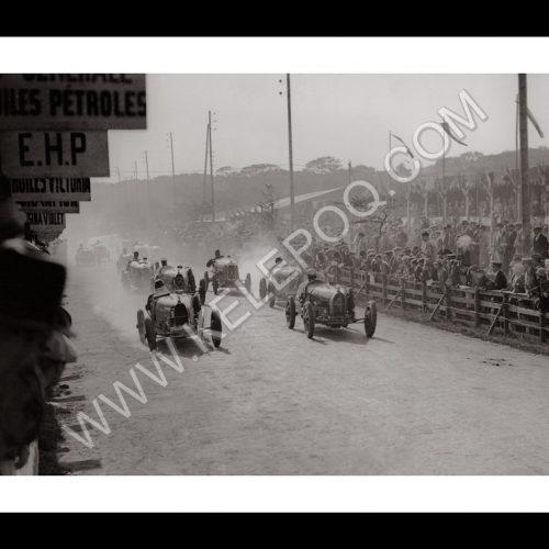 Photo d'époque Automobile n°03 - bugatti type 35 GP - photographe Victor Forbin