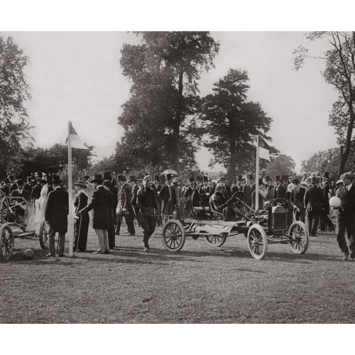Photo d'époque Automobile n°24 - châsssis Ford - photographe Victor Forbin
