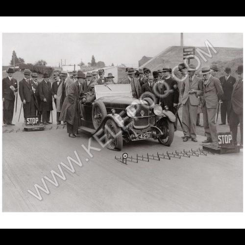 Photo d'époque Automobile n°31 - Riley Nine Monaco - photographe Victor Forbin