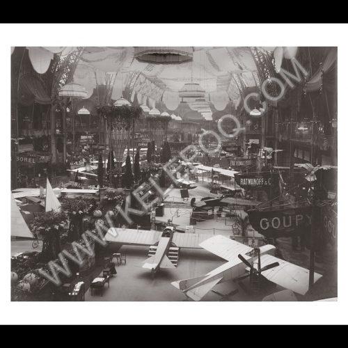 Photo d'époque dans les airs n°01 - photographe Victor Forbin
