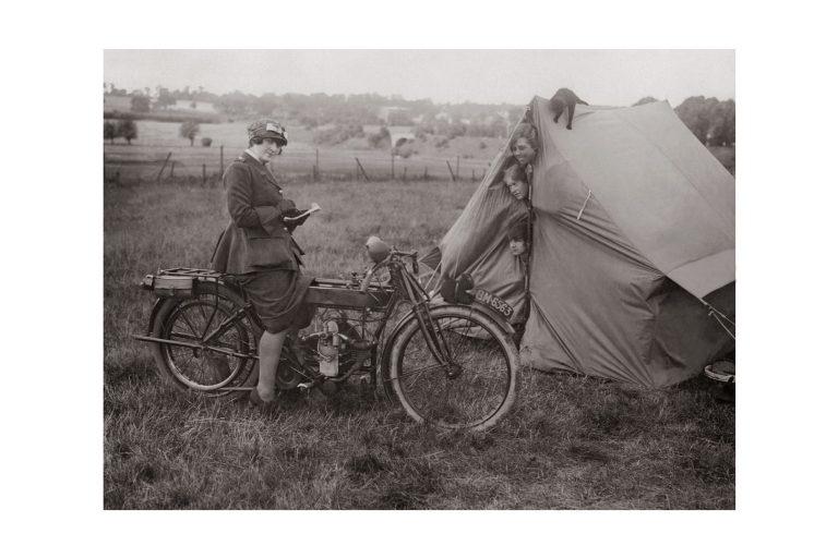 Photo d'époque cycles n°03 - photographe Victor Forbin