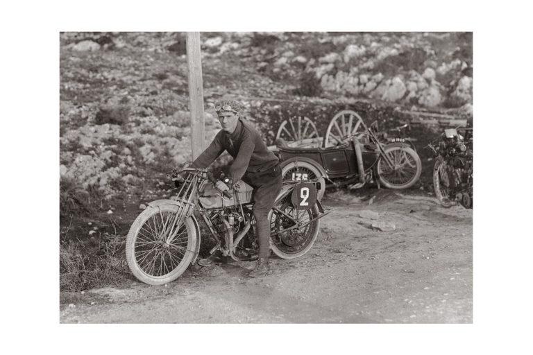 Photo d'époque cycles n°05