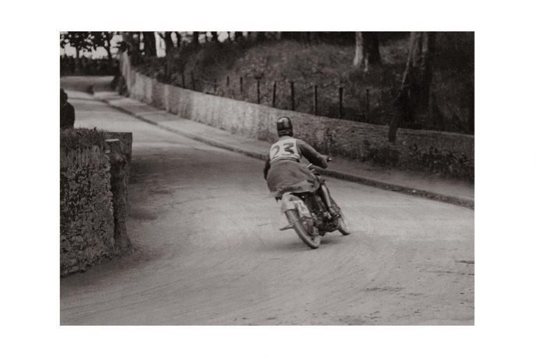 Photo d'époque cycles n°11 - photographe Victor Forbin