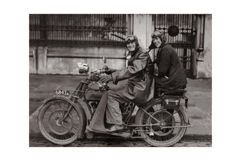 Photo d'époque cycles n°16 - photographe Victor Forbin