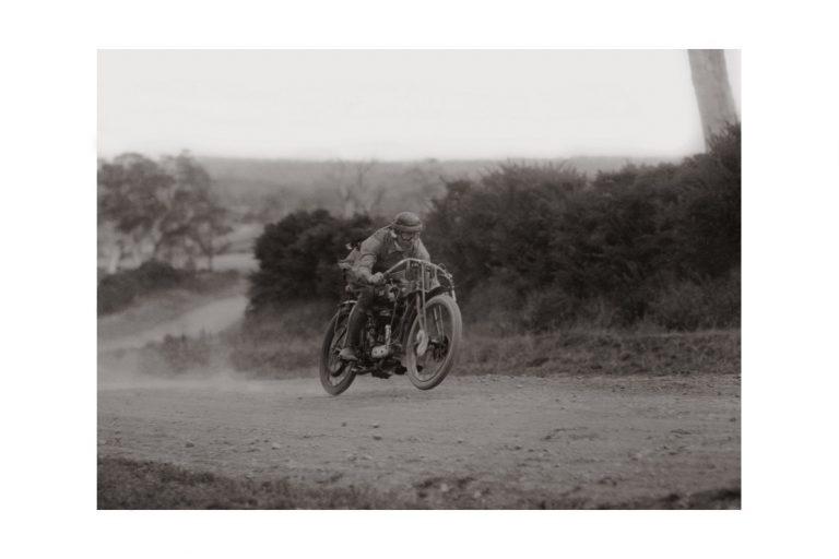 Photo d'époque Cycles n°17 - photographe Victor Forbin