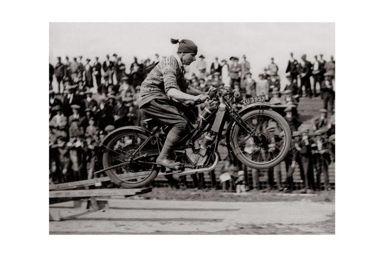 Photo d'époque cycles n°19 - photographe Victor Forbin