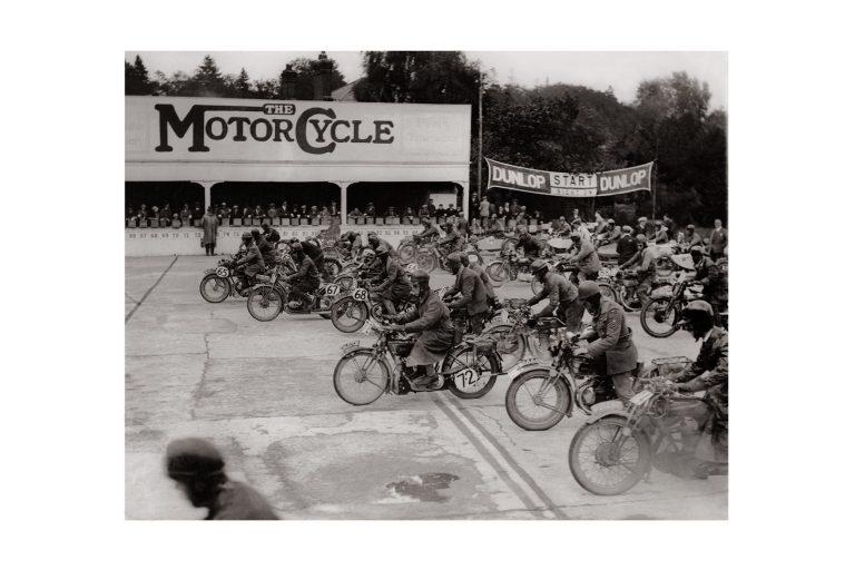 Photo d'époque cycles n°21 - photographe Victor Forbin