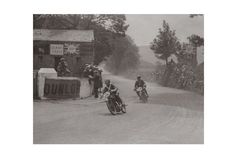 Photo d'époque Cycles n°22 - photographe Victor Forbin
