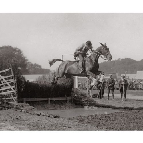 Photo d'époque Equitation n°03 - photographe Victor Forbin