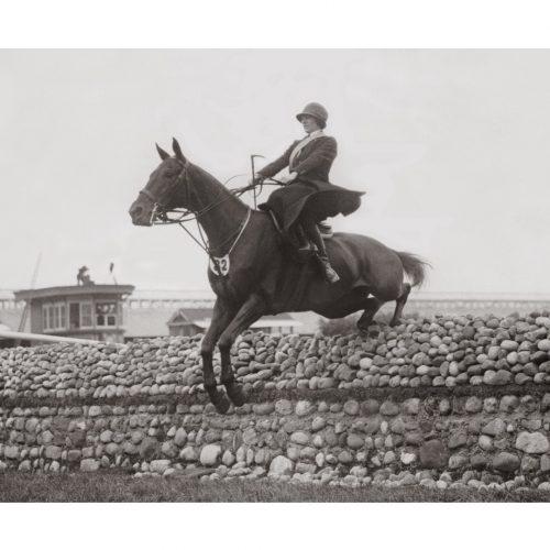 Photo d'époque équitation n°04 - photographe Victor Forbin