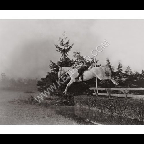 Photo d'époque Equitation n°07 - photographe Victor Forbin