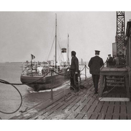 Photo d'époque Mer n°10 - amarrage bateau