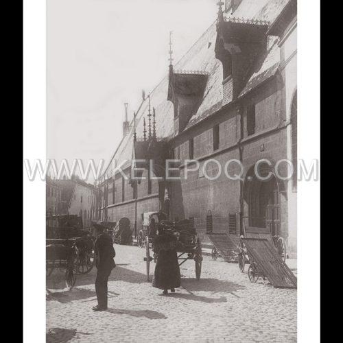 Photo d'époque urbain n°16 - Hospices Beaune 1912
