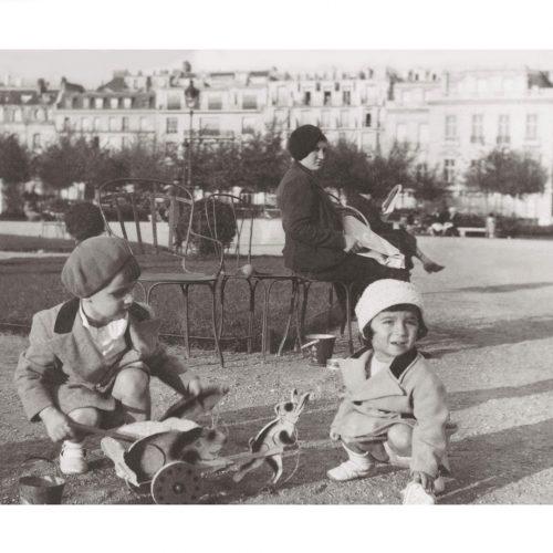 Photo d'époque tendre enfance n°10 - Champs de Mars Paris - 1934