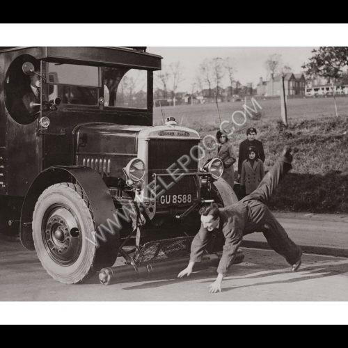 Photo d'époque Automobile n°58 - Clifford Autosaver