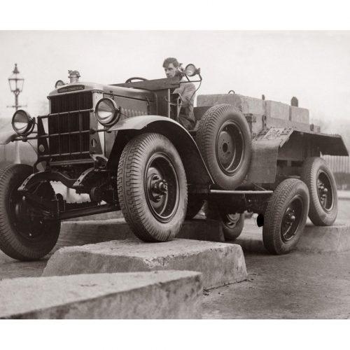 Photo d'époque Automobile n°60 - voiture Morris 6 roues