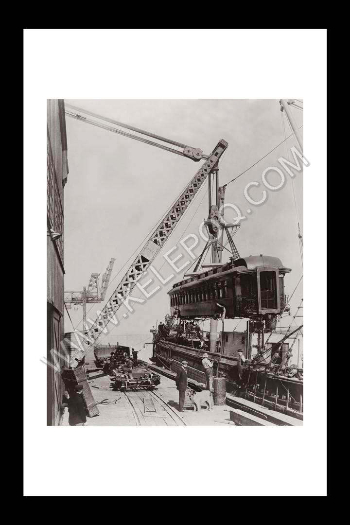 Photo d'époque industries n°03 - Wagon de chargement sur un bateau à vapeur de l'Alaska