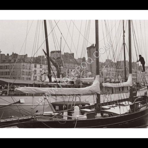 Photo d'époque Le Havre n°01 - grand voilier - Le Havre - 1949