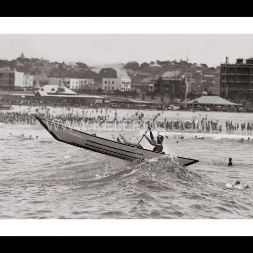 Photo d'époque mer n°46 - surf-canoe - photographe Victor Forbin