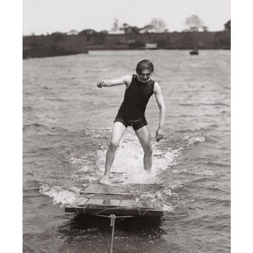 Photo d'époque mer n°48 - début ski nautique