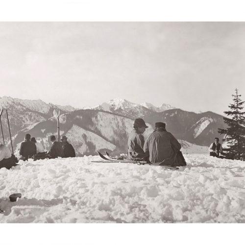 Photo d'époque montagne n°81 - pause dans la neige