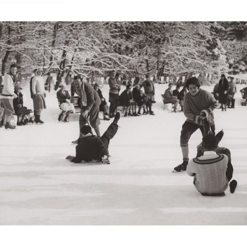 Photo d'époque montagne n°83 - course de glissade sur pelle