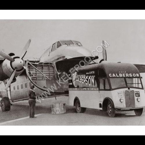 Photo d'époque dans les airs n°07 - transport aérien colis Calberson