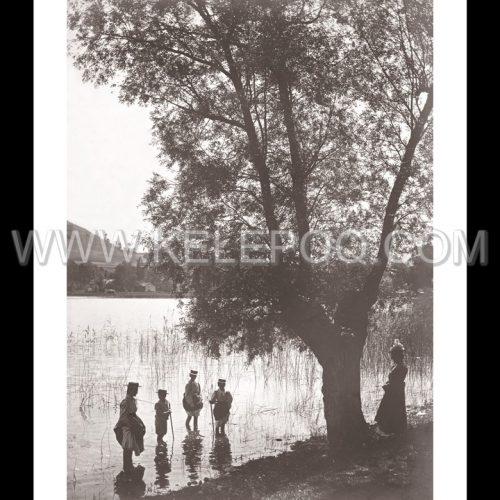 Photo d'époque campagne n°11 - baignade en rivière