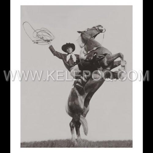 Photo d'époqe Equitation n°44 - cowboy Cy Compton - photographe Victor Forbin