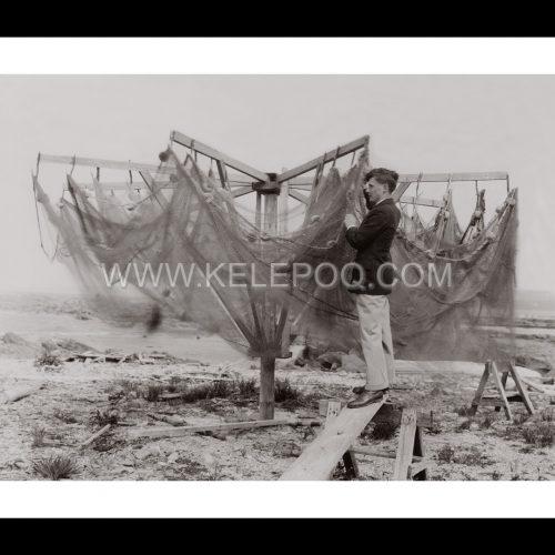 Photo d'époque pêche n°72 - nettoyage filets de pêche