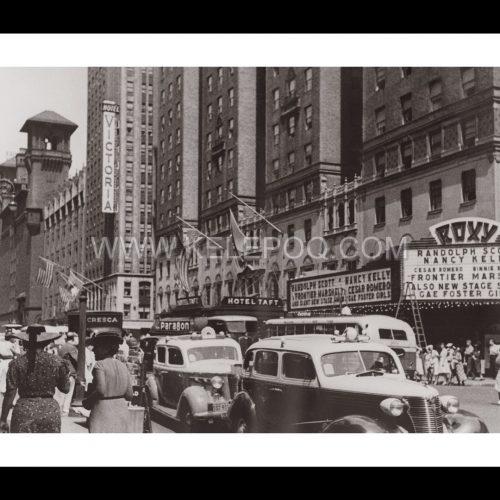 Photo d'époque New-York n°12 - Seventh 7th avenue - 7ème avenue - Hotel Victoria - New-York - Juillet 1939