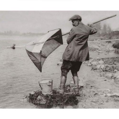 Photo d'époque pêche n°71 - pêche à l'anguille