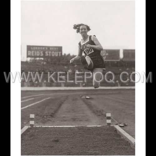 Photo d'époque sport n°48 - saut en longueur