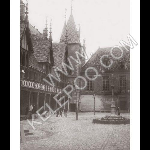 Photo d'époque Beaune n°02 - Hospices de Beaune 1912