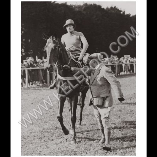 Photo d'époque Equitation n°48 - Ms Rickaby sur Bogus - Newmarket