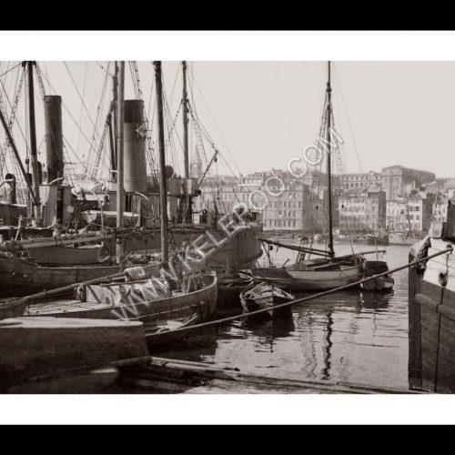 Photo d'époque Marseille n°03 - Hotel Dieu - Hotel de ville - Quai du Port