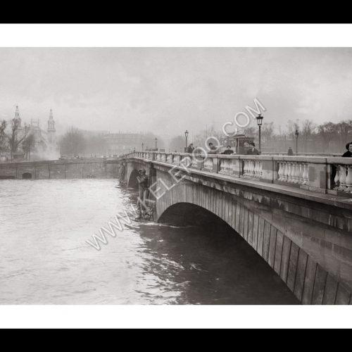 Photo d'époque Paris n°15 - Pont de l'Alma - inondations de 1912