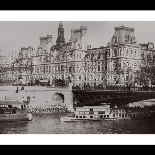Photo d'époque Paris n°16 - Hôtel de ville - Bateau mouche sur la Seine