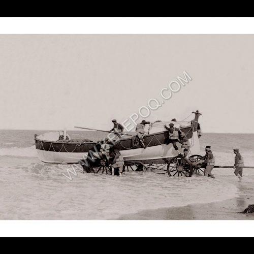 Photo d'époque sur l'eau n°33 - bateau de sauvetage en mer