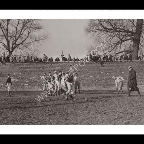 Photo d'époque sport n°58 - wall game entre Eton College et St Andrew's College