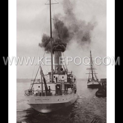 """Photo d'époque Sur l'eau n°37 - navire """"Earl Grey"""" quittant le Québec"""