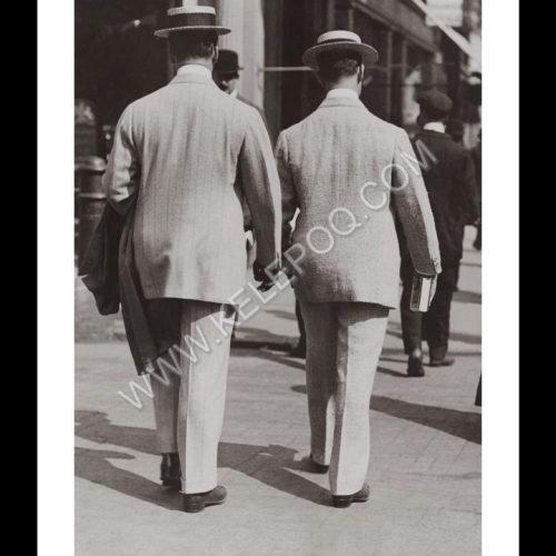 Photo d'époque urbain n°22 - deux américains à Londres - photographe Victor Forbin