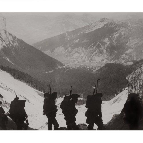 Photo d'époque Montagne n°98 - Chasseurs alpin montant col des Aiguilles