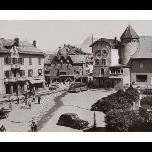 Photo d'époque Megève n°01 - Place de la Mairie