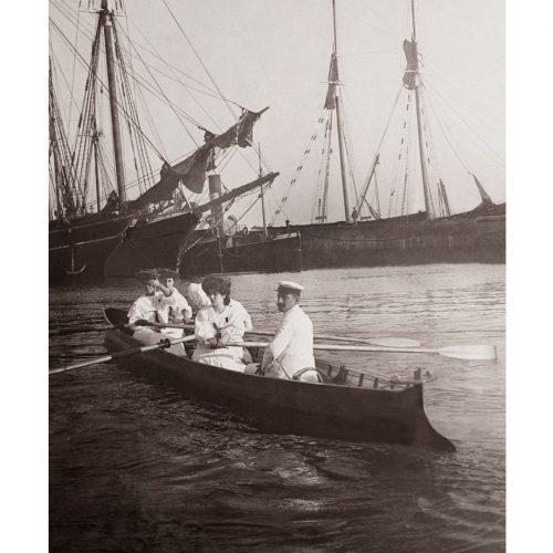 Photo d'époque sur l'eau n°42 - Barque