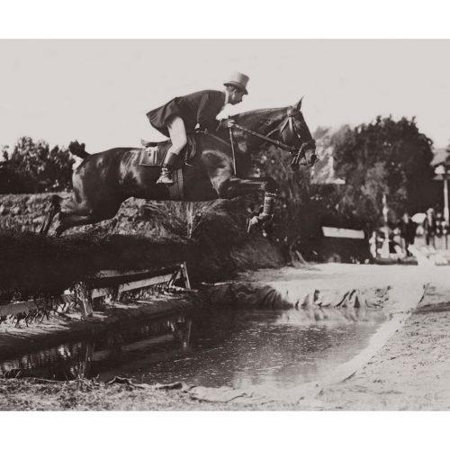 Photo d'époque Equitation n°55 - saut de haies