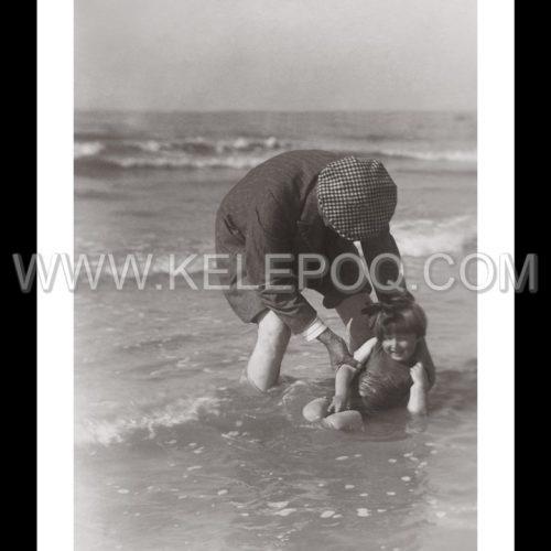 Photo d'époque Enfance n°26 - jeux de plage