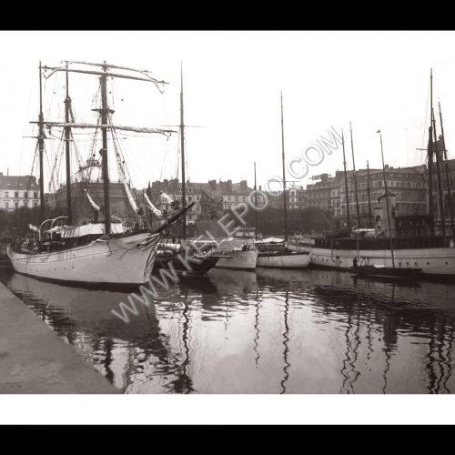Photo d'époque Les Sables-d'Olonne n°14 - le Port