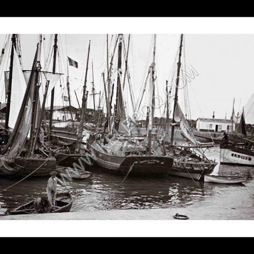 Photo d'époque Les Sables-d'Olonne n°17 - le Port