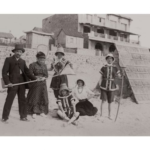 Photo d'époque Mer n°70 - pêche à la crevette en famille
